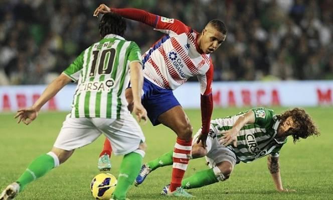 Granada vs Real Betis, 02h45 ngày 18/02: Trở lại sa lầy