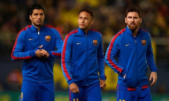 SỐC: Messi hưởng lương cao gấp 23 lần đồng đội