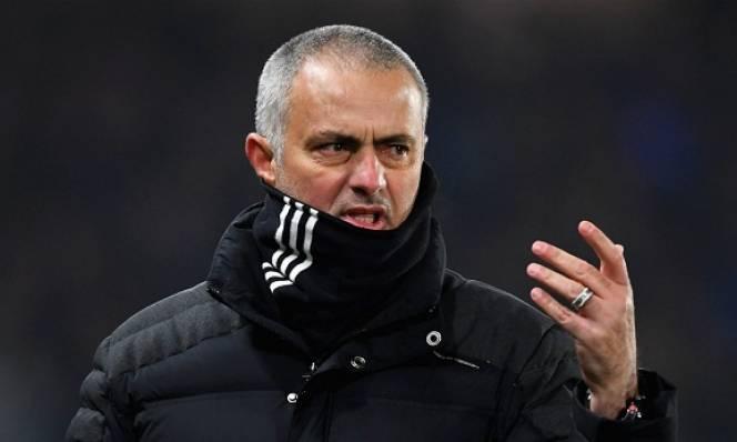 Mourinho tiết lộ cái tên tiếp theo rời MU