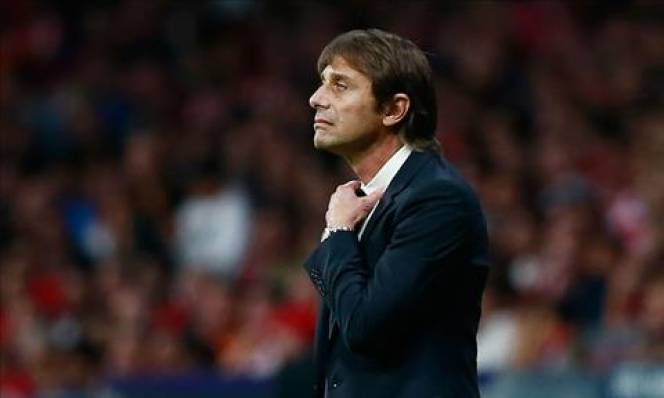 AC Milan lên tiếng trước tin đồn mời gọi Conte