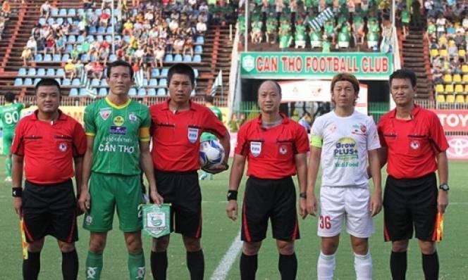 Vòng 14 V-League 2016: Lại nóng vấn đề trọng tài