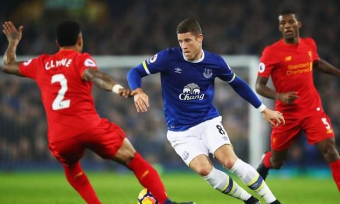 Liverpool vs Everton, 18h30 ngày 01/04: Mục tiêu riêng
