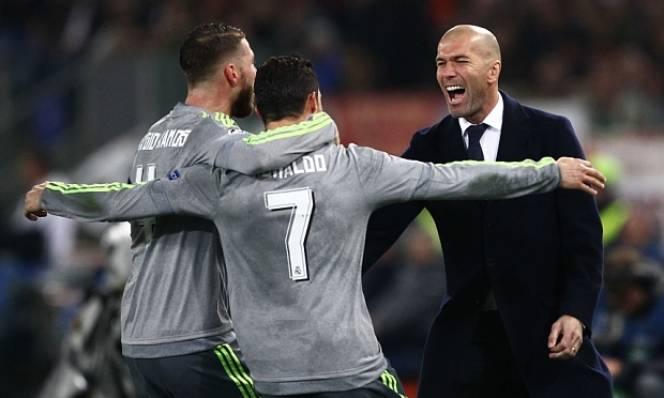 Zidane được học trò cưng khen ngợi hết lời