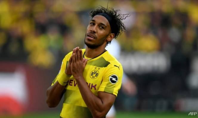 Động thái NÀY cho thấy Aubameyang 99% gia nhập Arsenal