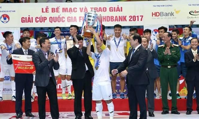 Thái Sơn Nam hoàn tất cú đúp vô địch năm 2017