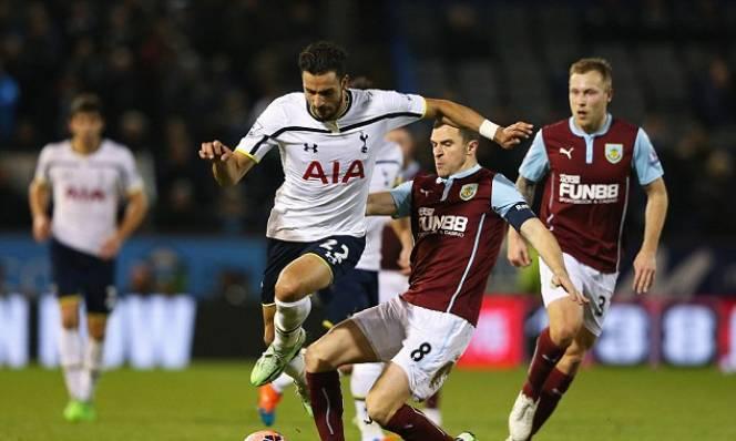 Burnley vs Tottenham, 21h00 ngày 01/04: Không thể tụt lại