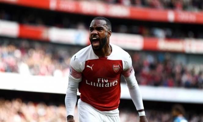 Fan Arsenal 'dậy sóng' với pha cứa lòng mẫu mực của Lacazette