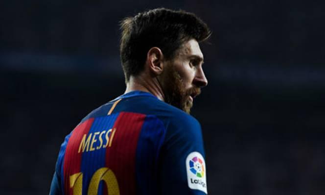 5 bàn thắng 'kinh điển' của Messi trong màu áo Barca