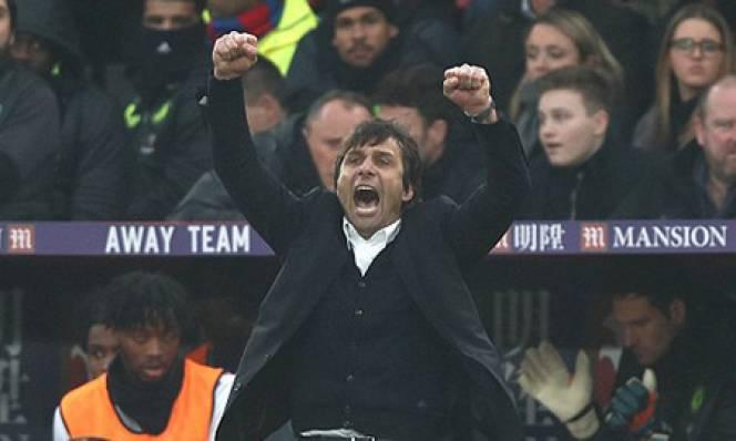 Giáng sinh ấm áp của Chelsea trên đỉnh Premier League