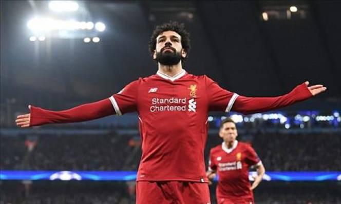 Trước đại chiến, Salah bày tỏ tình yêu với… Roma