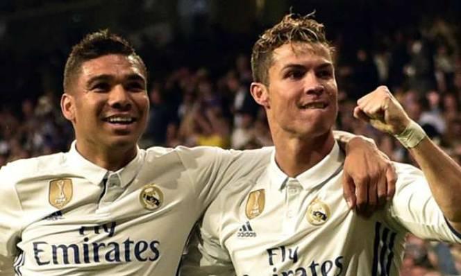 Đồng đội tuyên bố chắc chắn việc Ronaldo sẽ ở lại Real Madrid