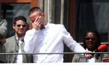 Gã mặt sẹo Ribery khóc như mưa trong ngày chia tay Bayern Munich
