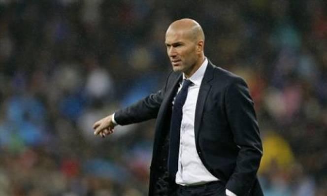 Real 'rục rịch' tìm người thay thế Zidane