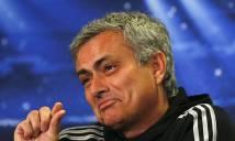 Ibra thoát 'án tử', Mourinho thở phào nhẹ nhõm