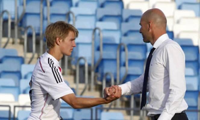 Mối quan hệ giữa Zidane và Perez căng thẳng trở lại