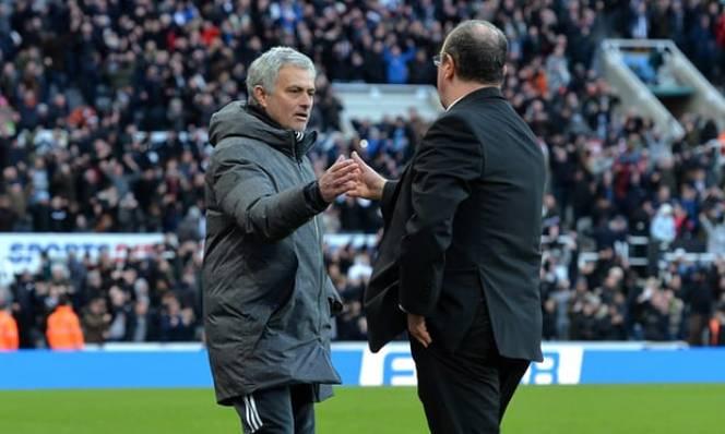 Benitez đánh bại Mourinho: Từ mẹ kế đến người hùng
