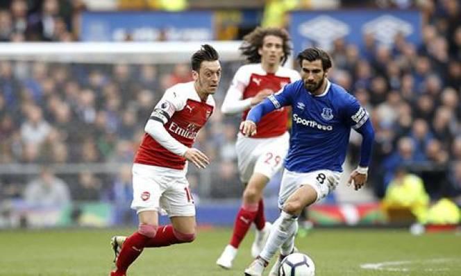 Everton 1-0 Arsenal: Thua bạc nhược, Arsenal lỡ cơ hội vượt mặt Tottenham