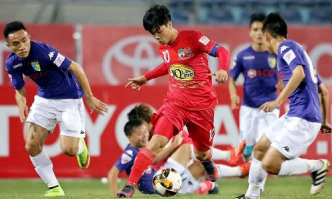 Hoàng Vũ Samson lập cú đúp, Hà Nội FC dìm HAGL xuống đáy BXH