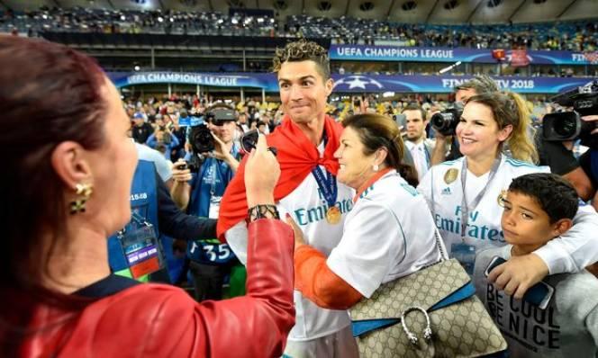 Phát biểu sốc về tương lai, Ronaldo không hề tỏ ra hối hận
