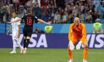 Messi chết lặng nhìn đồng đội biếu không bàn thắng cho Croatia