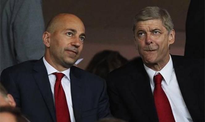 Arsenal 'tung cờ trắng' trên sàn chuyển nhượng