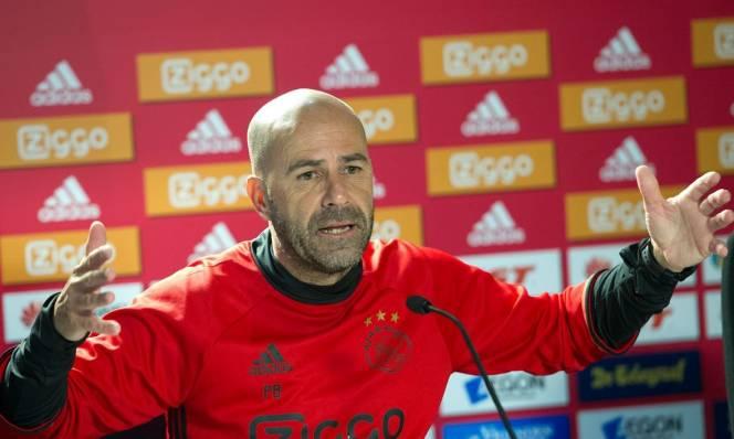 HLV Ajax tuyên bố chơi tấn công tổng lực để đánh bại Man Utd