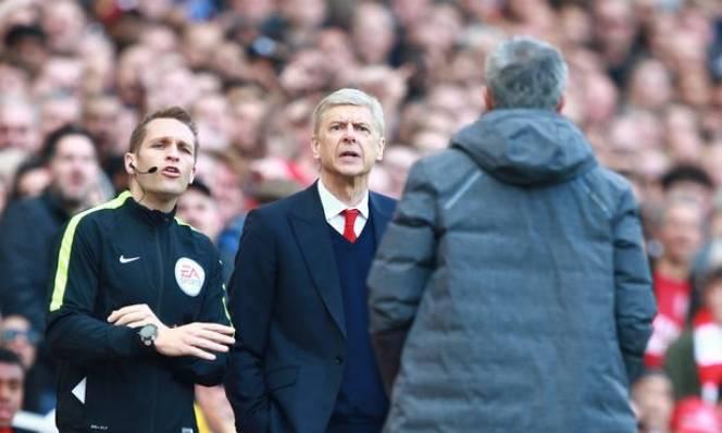 Cảm thông cho CĐV Arsenal, Mourinho không hiểu sao Wenger vẫn chưa đi