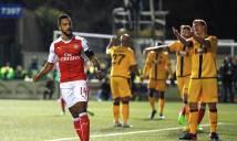 """Walcott ghi bàn, Arsenal đánh bại đội bóng """"tí hon"""" Sutton United"""