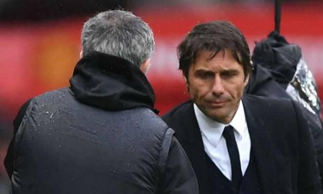 Tỉnh lại đi Conte, đây là bóng đá Anh!