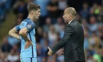 Sao trẻ Man City được Guardiola bảo vệ trước búa rìu dư luận