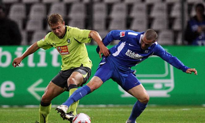 Nhận định Karlsruher vs Aue, 23h15 ngày 18/5 (Lượt đi Play-off trụ hạng hạng 2 Đức)
