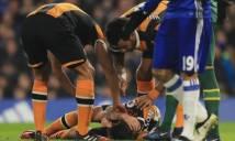 Cầu thủ của Hull phẫu thuật thành công sau chấn thương kinh hoàng