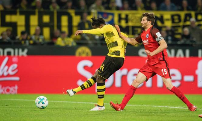Kết quả Dortmund - Frankfurt: Người hùng Batshuayi