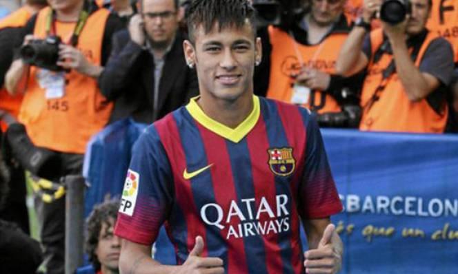 Neymar nhận mức lương khủng hơn Messi và Ronaldo