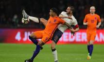 Depay khoe hình xăm 'khủng' sau trận đấu với Italia