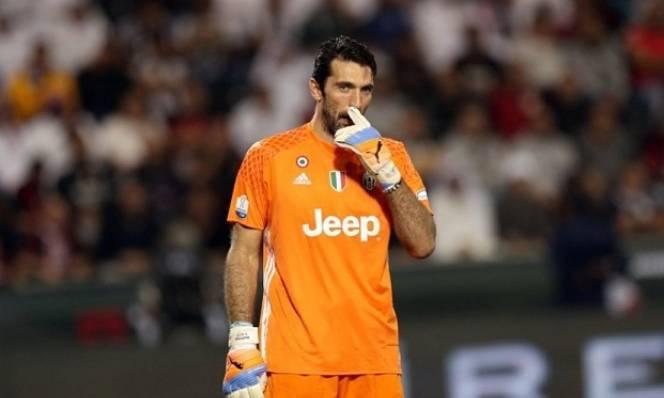 Buffon kỷ niệm trận thứ 600 cho Juve bằng một thất bại