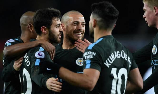 Guardiola tuyên bố Man City không dừng xô đổ kỷ lục