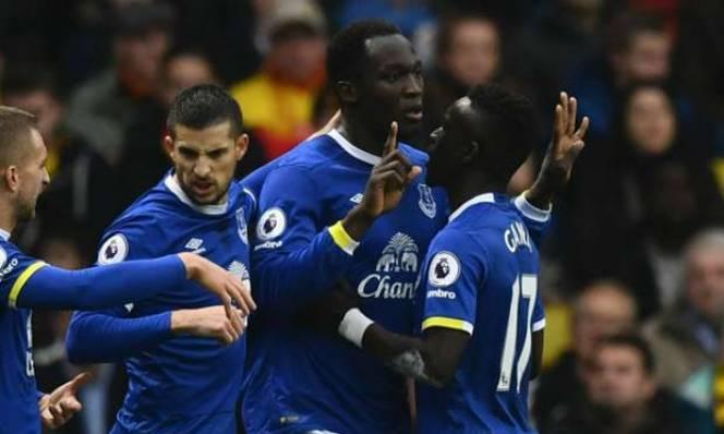 Chelsea và M.U nhận tin vui từ sao Everton