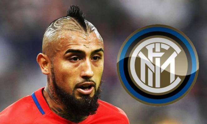 Tuyến giữa chật chội, Conte vẫn muốn đưa trò cũ về Inter Milan