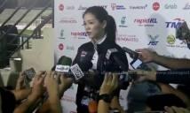 Nữ trưởng đoàn xinh đẹp của U22 Thái Lan thất vọng về các cầu thủ