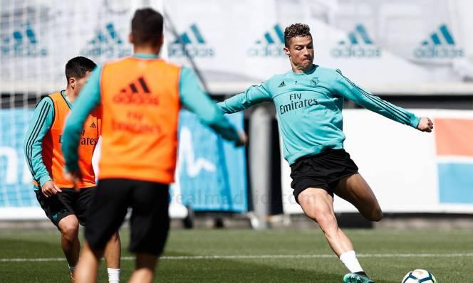Say mê với cuộc đua Pichichi, Ronaldo điên cuồng lao vào luyện tập