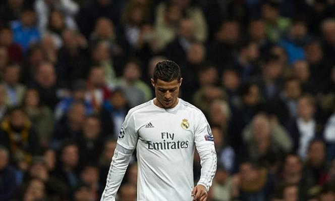 Ở tuổi 32, siêu sao Ronaldo đã sa sút thế nào?