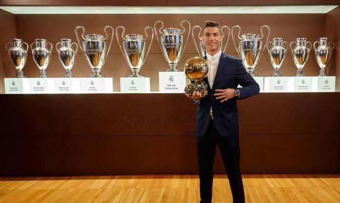 Những khoảnh khắc giúp Ronaldo giành Quả bóng vàng 2016