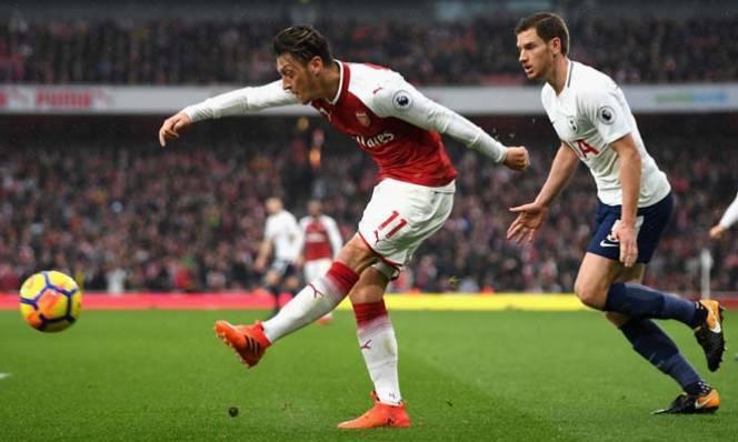 Bán đứt Sanchez, Arsenal quyết giữ chân Ozil và Wilshere