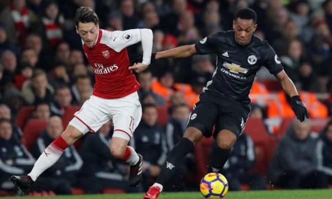 Anthony Martial đã chửi Mourinho khi bị thay người?