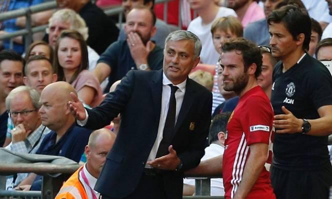 Mourinho lần đầu tiết lộ lý do không bán Mata