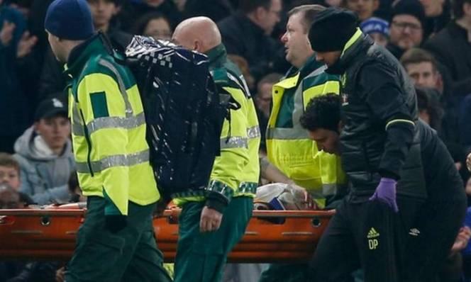 Sao Hull City bị nứt sọ sau cuộc chiến với Chelsea