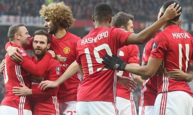 Huyền thoại Liverpool tin Quỷ đỏ MU có thể bất bại đến hết mùa giải
