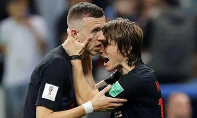 Vì Modric, Inter 'đại hạ giá' Perisic cho M.U