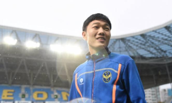 Gangwon FC vẫn chưa cho biết thông tin chính thức về chấn thương của Xuân Trường